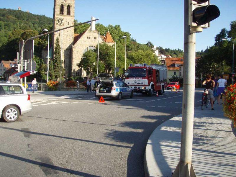 Feuerwehr Weinheim Unfall Birkenauer Talstraße Grundelbachstraße Peterskirche