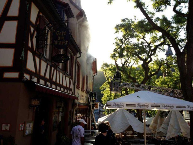 Zimmerbrand am Marktplatz